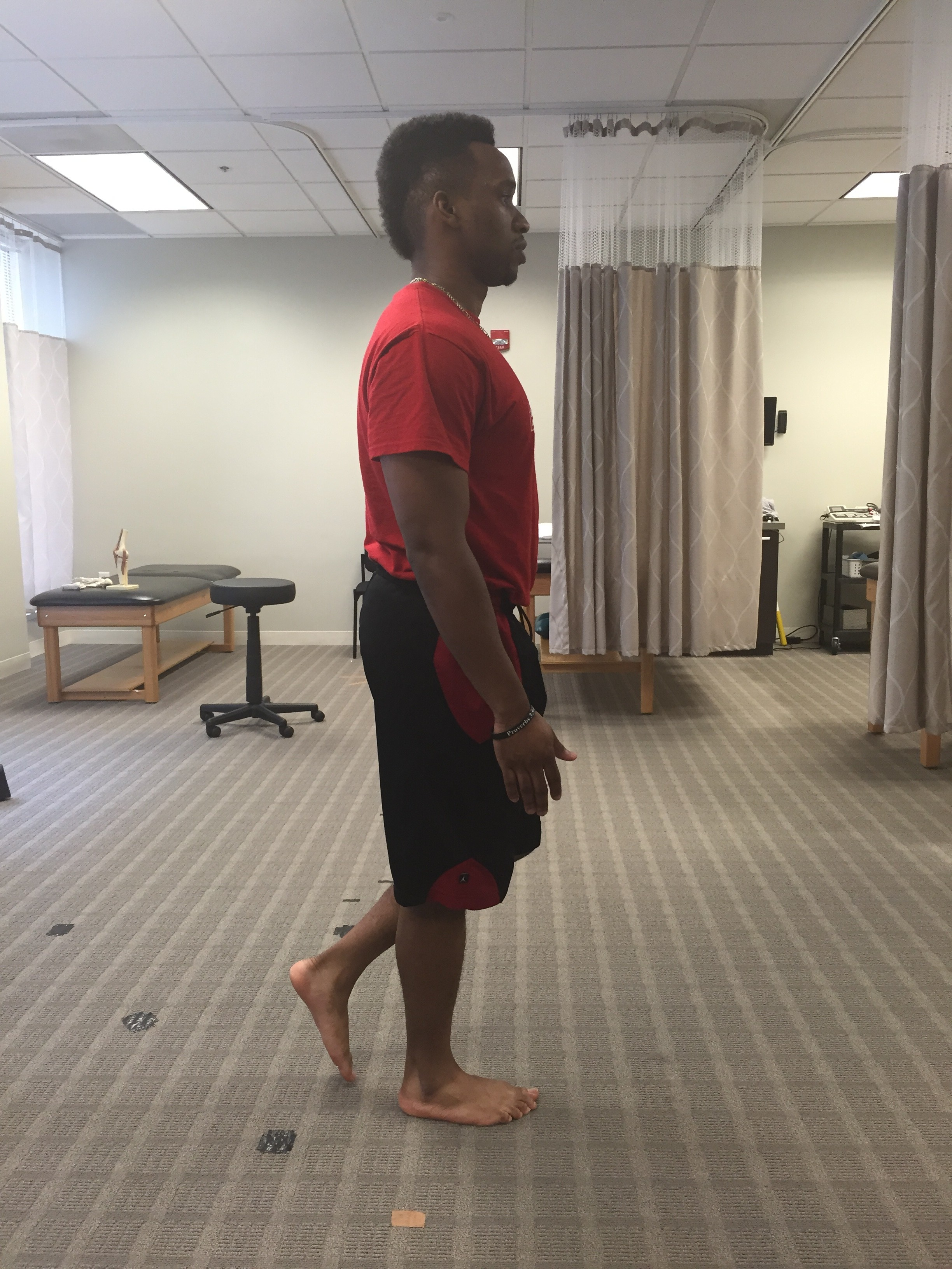 To prevent a soccer injury at the hip flexor, do the deadweight leg exercise.